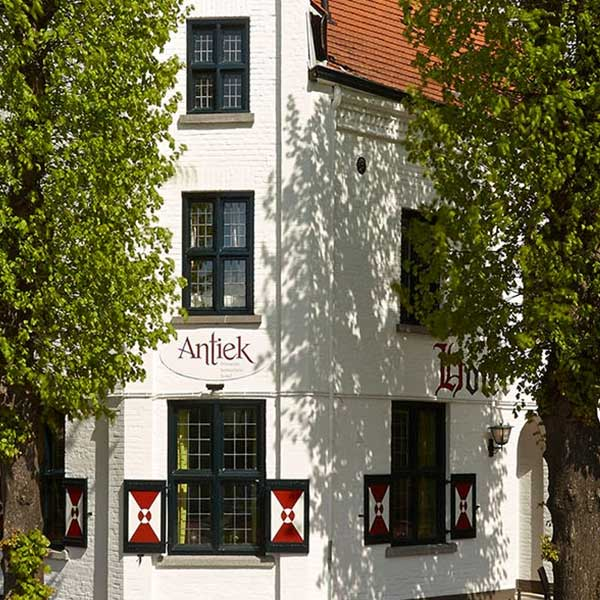 Hotel Restaurant Antiek Helden - Vakantie in Limburg