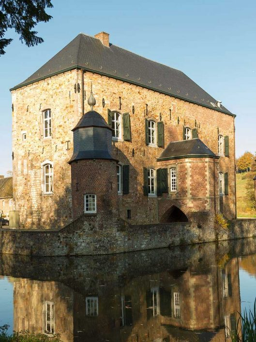Kasteel Erenstein in de Anstelvallei - Vakantie in Limburg