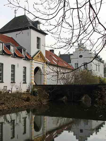 Kasteel Nieuwenbroeck - Vakantie in Limburg