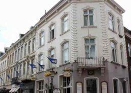 Stadsherberg en tapperij De Poshoorn - Maastricht - Vakantie in Limburg