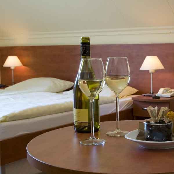 Hotel Restaurant Lakerhof - Ohé en Laak - Vakantie in Limburg